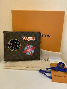 Louis Vuitton Toiletry 26 Travel Patches LIMITED EDITION - CROSSBODY BAG