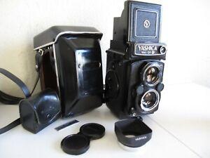 Yashica-Mat 124G TLR Medium Format 6x6 Camera w/80mm Lens / Case/Hood 124