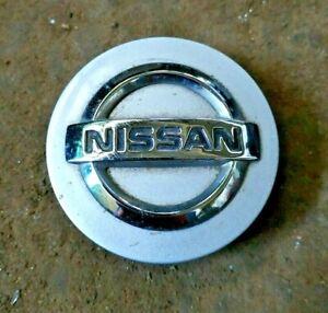 Nissan Micra Note Juke Qashqai Silver Wheel Center Caps 40342 JD18A