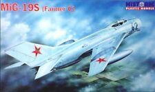 Chasseur Soviétique MIG-19S Farmer C - Kit HISTORIC PLASTIC MODELS 1/48 n° 48009