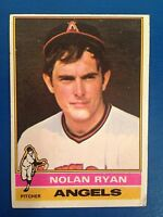 1976 Topps #330 Nolan Ryan (scuff on bottom right corner)