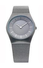 Elegante Armbanduhren aus Edelstahl mit Saphirglas für Erwachsene