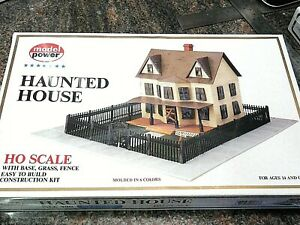 MODEL POWER 486 HO Scale Building HAUNTED HOUSE Kit New
