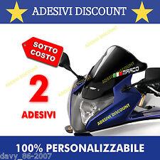 2 Nomi adesivi cupolino + bandiera per visiera casco moto auto bici adesivo