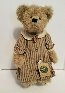 Boyds Bears Archive Collection Grandmother Beatrice B. Beatrhugs NWT