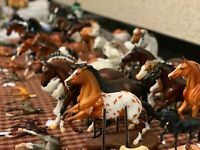 Traditional - Collapsible Model Horse Display Rack Holder - HorseRack V2