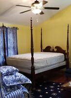 MACY'S Four Poster Queen Size Bed Frame GORGEOUS!