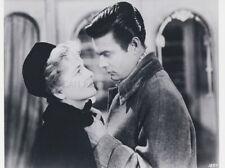 JOAN FONTAINE LOUIS JOURDAN LETTER FROM AN UNKNOWN WOMAN 1948 PHOTO R1980