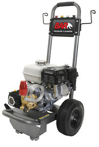 HONDA POWERED PRESSURE CLEANER - 2700 PSI - 9.2M HOSE AND GUN AND LANCE
