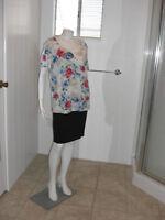 KAREN SCOTT Woman Red/Blue Floral Short Sleeves Stretch Knit Top Sz 1X