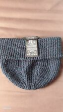 GUESS Beanie Cap / Knit Ribbed Slouchy