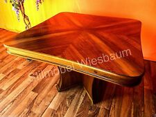 Massiver Couchtisch aus Nussbaum Furniture Art dekorativ