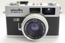 MINOLTA HI-MATIC E 35 mm Rangefinder Film Camera with 40 mm f1.7 ROKKOR QF Lentille