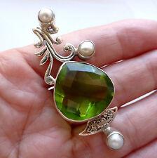 Perla de Cuarzo Verde Sólido 925 Plata Esterlina Colgante