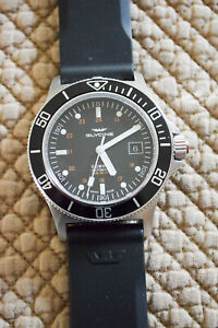 Glycine GL0087 Combat Sub 42mm Wristwatch – Black Dial, Black Bezel