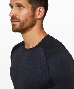 Men's Lululemon Short Sleeve Metal Vent Tech Shirt 2.0 in Navy/Orange Medium M