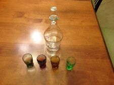Whiskey GLASS DECANTER 4 SHOT GLASSES 4 COLORED CLEAN WHEAT GOLD TRIM
