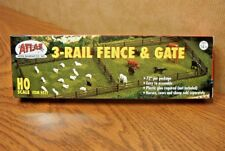 "ATLAS 3-RAIL FENCE w/GATE HO SCALE 72"" per PACKAGE"