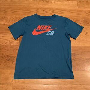 NIKE SB Boys Blue Short Sleeve Athletic Shirt Skateboard Size M Medium 10-12