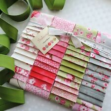 "MODA Sakura Jelly Roll 40 Strips 2½ "" x 44"" & FREE 6m Bias Binding"