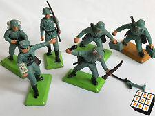 Vintage Britains Deetail 1971 German Infantry Toy Soldiers