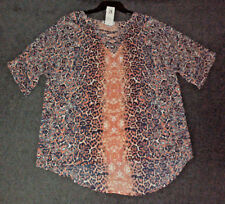 Rockmans: Size: S/M. (10,12,14). Modern Design, Slimming Print, Elbow-Sleeve Top