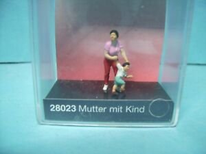 Preiser 28023,Mutter mit Kind,#9