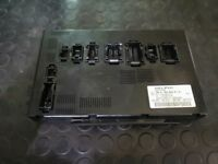 Mercedes Benz W164 W251 ML,GL,Rear SAM Control Unit Fuse BOX   A1649005101