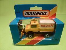 MATCHBOX MB48 UNIMOG TRUCK RESCUE SNOW SLIDER - YELLOW - VERY GOOD IN BOX