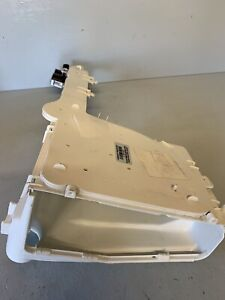 Indesit IWB6123 (UK) SOAP DRAW HOUSING AND INLET VALVES