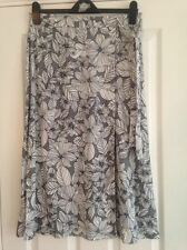 BNWT M&S Collection Grey Black White Floral Wrap Calf Length Skirt Size 14