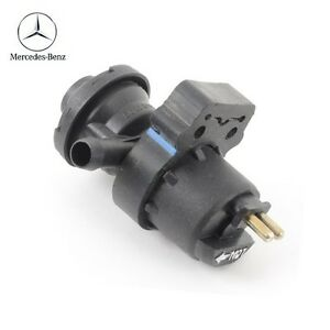 Mercedes Benz B 500SL C280 C36 AMG E320 SL320 SL500 Engine Crankcase Vent Valve