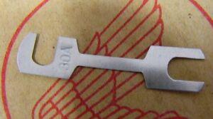 79-82 Honda CBX 30 Amp Main Fuse - OEM Honda # 98200-53000 Flat Blade Type