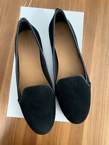 UGG Womens Bonnie pointed toe Loafer /Flats  Color: Black Size 8.5 NEW Box