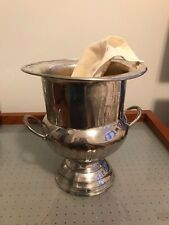 Vintage INTERNATIONAL  SILVER COMPANY Trophy Style Champagne Wine Ice Bucket