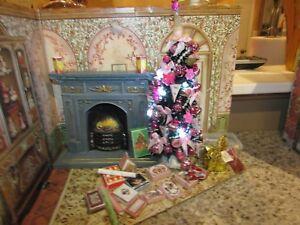 DOLLHOUSE MINIATURE LIGHTED CHRISTMAS TREE #2 --OOAK