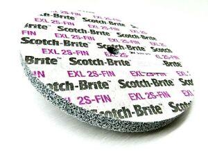 "3M Unitized Wheel 2S FIN Scotch-Brite™ EXL 6x1/2"" Deburring Surface Conditioning"