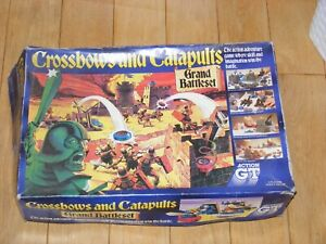 """CROSSBOWS AND CATAPULTS"" GRAND BATTLE SET VINTAGE BOARD GAME 1980s BY ACTION GT"