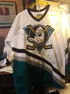 1997-98 Mighty Ducks of Anaheim Team Signed Authentic Jersey w/ 22 Signatures