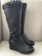 UGG IRMAH DARK BROWN STOUT LEATHER TALL WEDGE BOOTS WOMENS SIZE 7 EUC