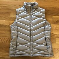 The North Face Silver puffer goose Down Vest 550 Womens Size Medium flaw stain
