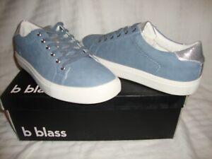 NWOB Men's B Blass BMR0741 Leather Casual Shoes Size 9 - Canvas Blue & Silver