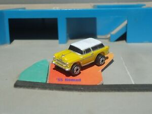 Micro Machines 1955 Chevy Nomad in yellow and white