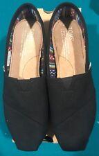 Toms Classic Black/Black Canvas Size 6