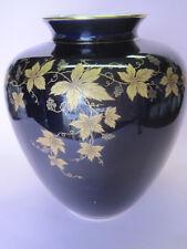 Vase C. M.  Hutschenreuther Hohenberg Kobalt Gold-Weinlaub. Art Deco