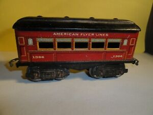 VINTAGE AMERICAN FLYER LINES PASSENGER CAR # 1306 NICE COMPLETE PREOWNED COND.