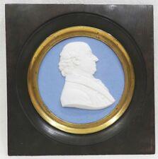 **** TRES RARE MEDAILLON EN PORCELAINE BISCUIT DE SEVRES - SIGNE BRACHARD - 1825