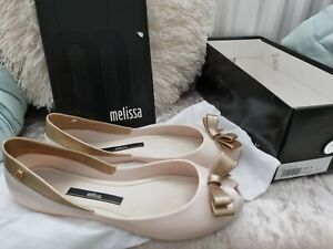 melissa shoes Queen 14 Cream Gold flat size 6
