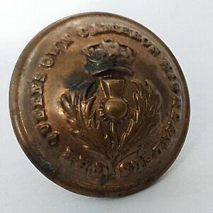 Victorian 19thc Queens own Cameron Highlanders 19mm brass button J Platt & co