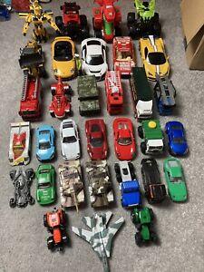 Job lot bundle large diecast and plastic vehicles x 32